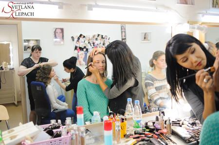 Фотоотчет: Подготовка к фотосессии участниц конкурса Городская мисс 2015